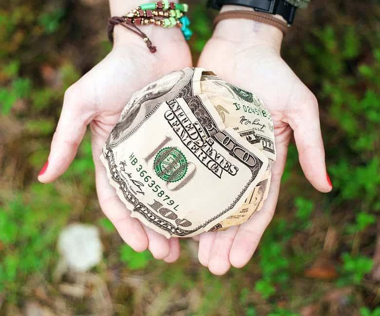 Faire un don pour payer moins d'IFI